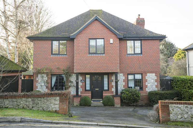 4 Bedrooms Property for sale in The Rocks Road, East Malling, West Malling