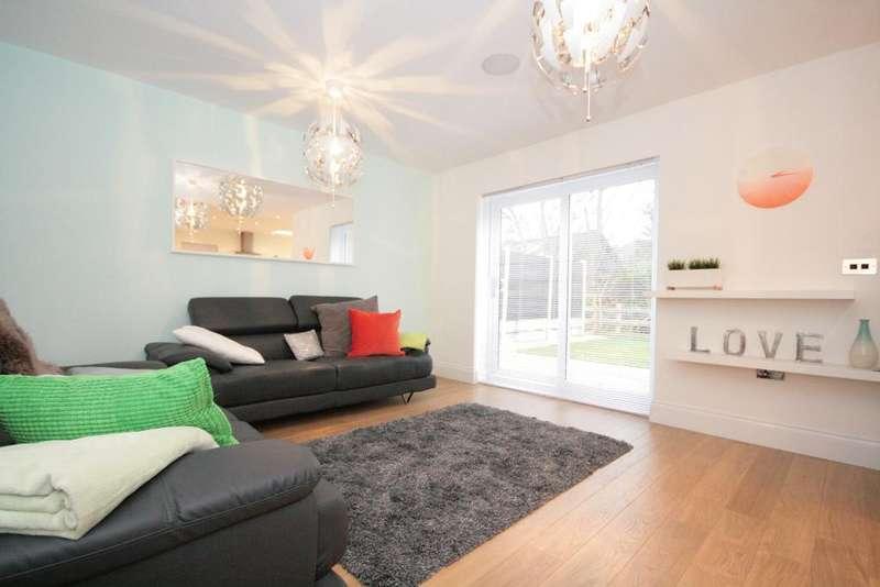 4 Bedrooms Detached House for sale in Carr Hayes Drive, Hesketh Bank, PR4 6JG