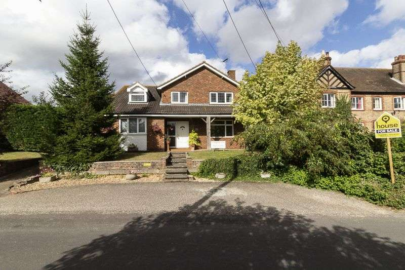 6 Bedrooms Detached House for sale in ***ANNEX POTENTIAL*** Tyland Lane, Sandling, Maidstone