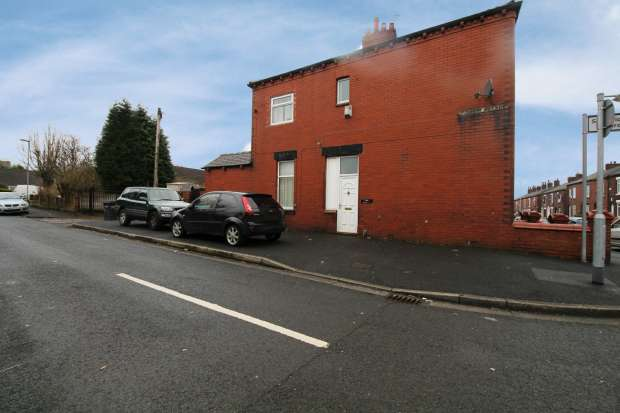 3 Bedrooms Terraced House for sale in Fourth Avenue, Oldham, Lancashire, OL9 8PG