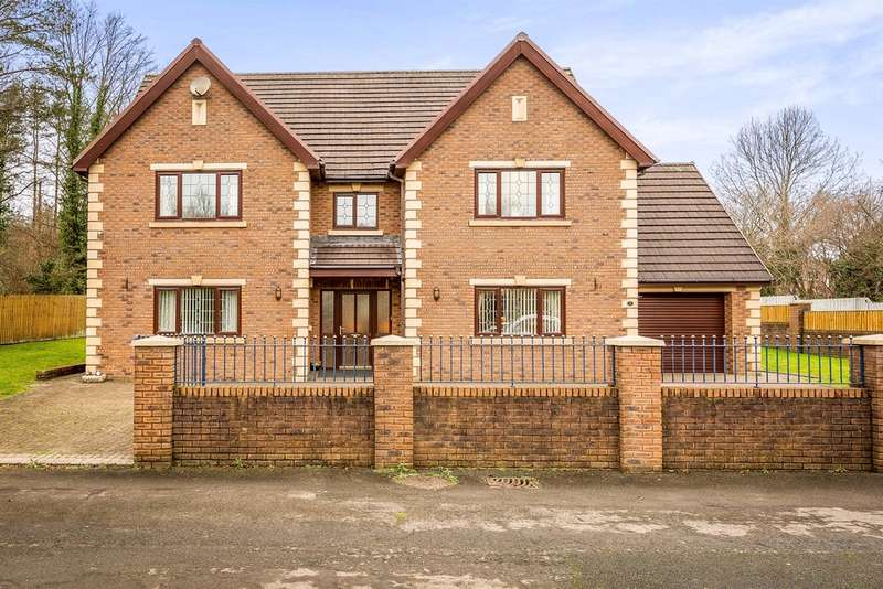 5 Bedrooms Detached House for sale in Clos Bryngwili, Hendy, Swansea