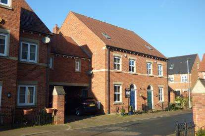 5 Bedrooms Semi Detached House for sale in Stockdale Drive, Great Sankey, Warrington, Cheshire