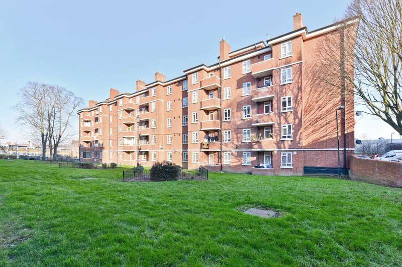 4 Bedrooms Flat for sale in York Hill, London SE27