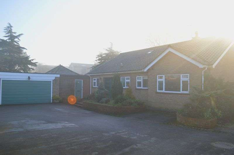 3 Bedrooms Detached Bungalow for sale in James Street, Lincoln