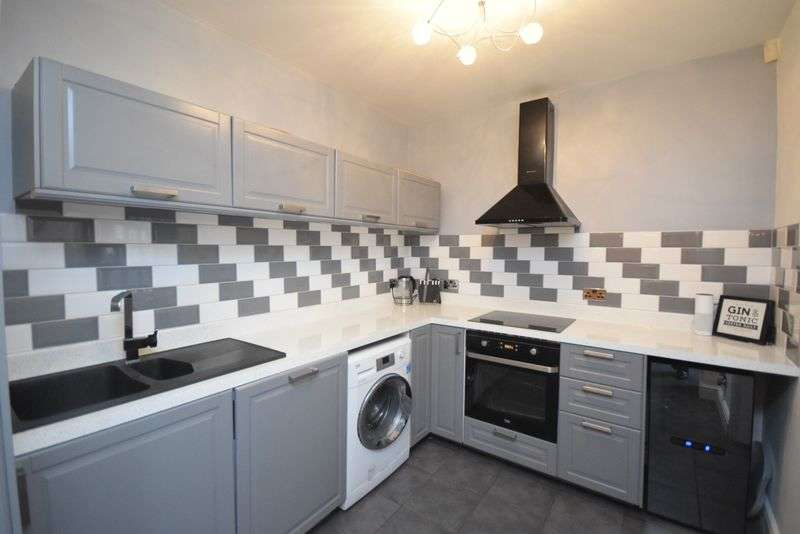 3 Bedrooms Semi Detached House for sale in Dickson Street, Widnes