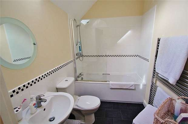 1 Bedroom Flat for sale in Thyme Close, Portishead, North Somerset