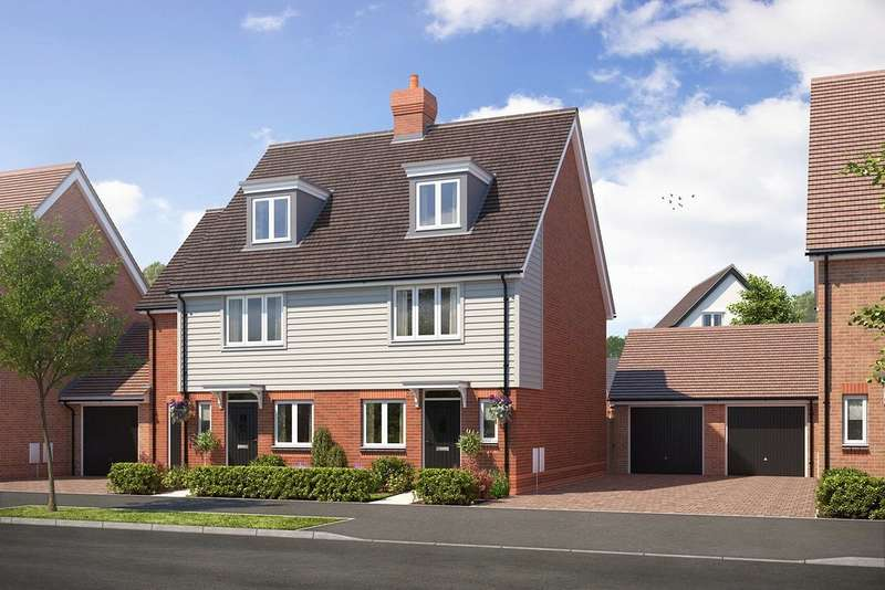 4 Bedrooms Semi Detached House for sale in Cresswell Park, Roundstone Lane, Angmering, BN16