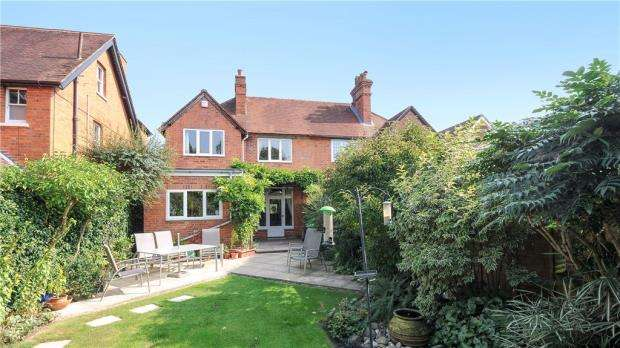 4 Bedrooms Semi Detached House for sale in Shinfield Road, Reading, Berkshire