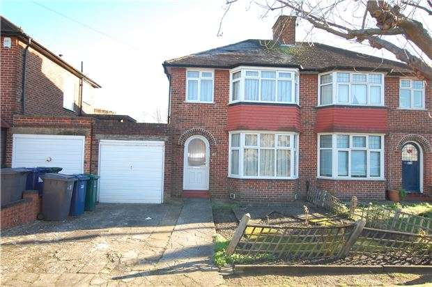 3 Bedrooms Semi Detached House for sale in Braemar Gardens, COLINDALE, NW9 5LB