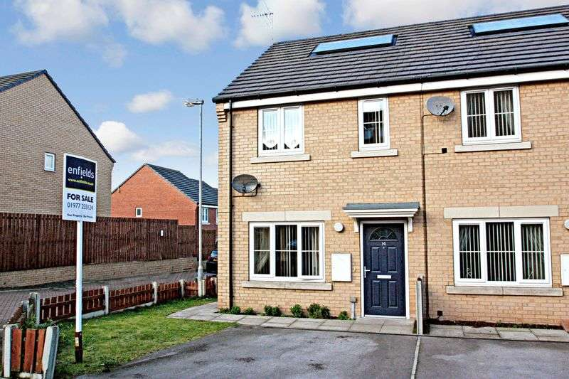 2 Bedrooms Terraced House for sale in Chariot Place, Knottingley