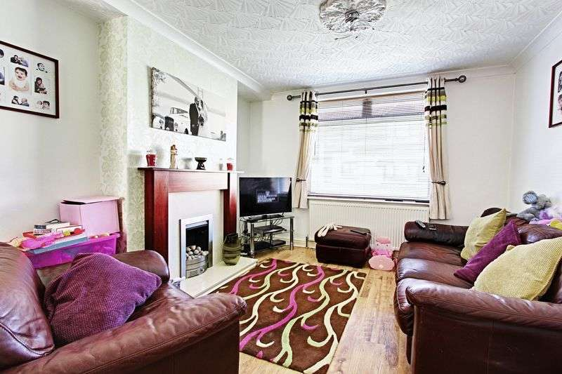 3 Bedrooms Terraced House for sale in Arthur Street, Hull