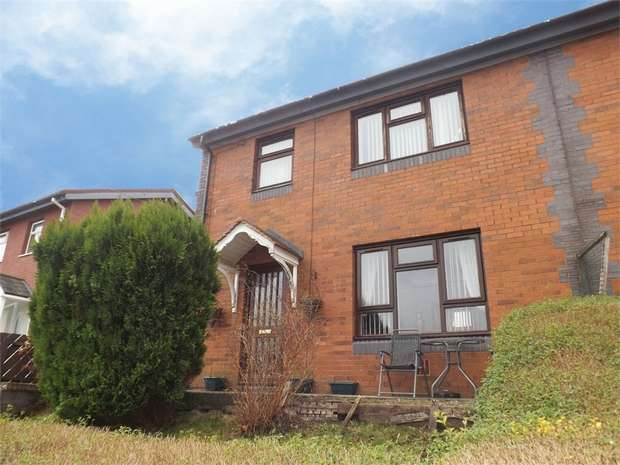 3 Bedrooms Semi Detached House for sale in Heolddu Grove, Bargoed, Caerphilly