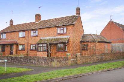 3 Bedrooms Semi Detached House for sale in Oakfield Way, Sharpness, Berkeley, Gloucestershire
