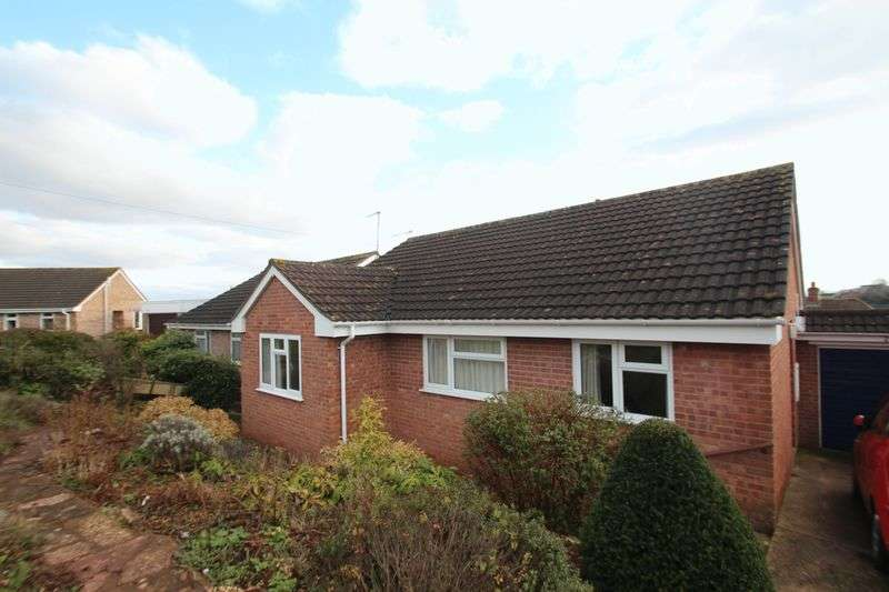 3 Bedrooms Detached Bungalow for sale in 22 Prince Of Wales Road, Crediton