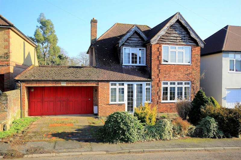 3 Bedrooms Detached House for sale in 3 DOUBLE BEDROOM DETACHED IN Bargrove Avenue, Boxmoor, HP1