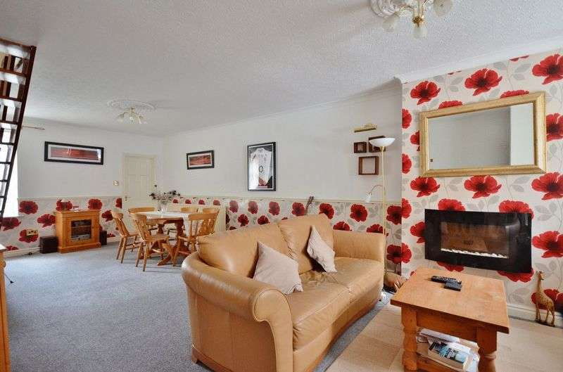2 Bedrooms Terraced House for sale in Hartington Street, Workington
