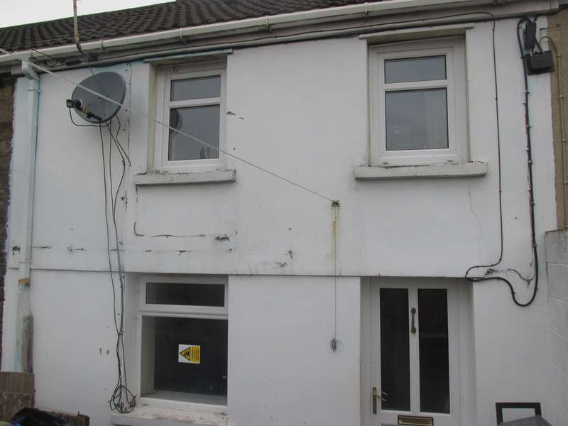 2 Bedrooms Cottage House for sale in East Avenue, Aberdare