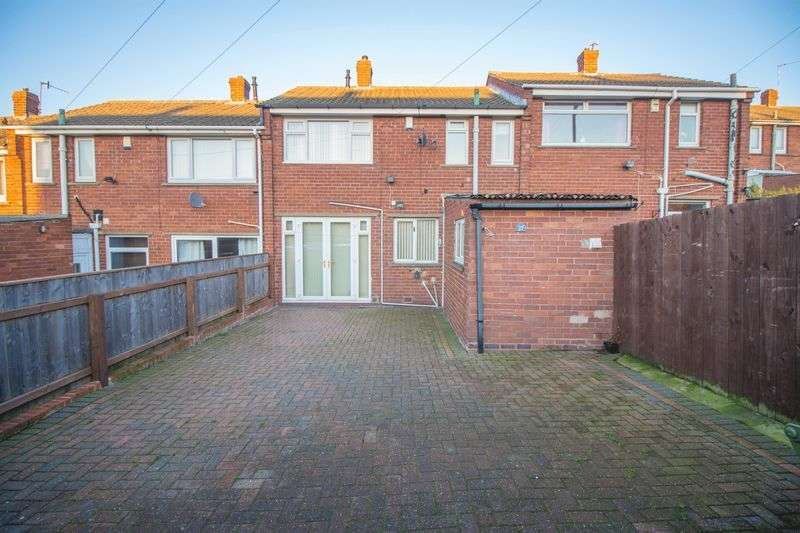 3 Bedrooms Terraced House for sale in Lily Close, Winlaton