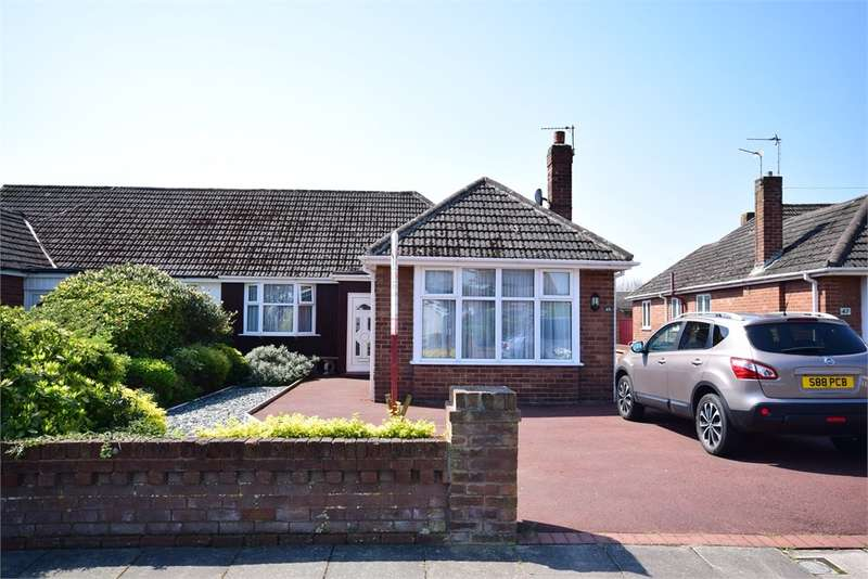 3 Bedrooms Semi Detached Bungalow for sale in Scarborough Road, Lytham St Annes, FY8