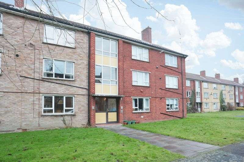 2 Bedrooms Flat for sale in Victoria Road, Devizes