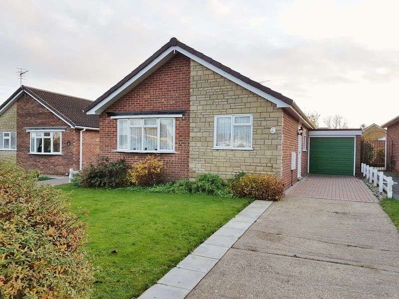 3 Bedrooms Detached Bungalow for sale in Holden Drive, Skegness