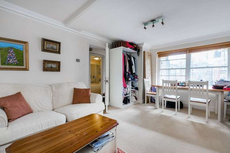 1 Bedroom Flat for sale in Barkston Gardens, London, SW5