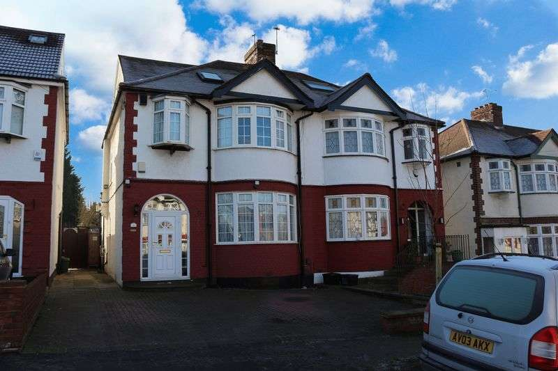 4 Bedrooms Semi Detached House for sale in Kensington Drive, Woodford Green