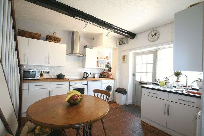 2 Bedrooms Semi Detached House for sale in Shereford Road, Hempton, NR21 7LJ