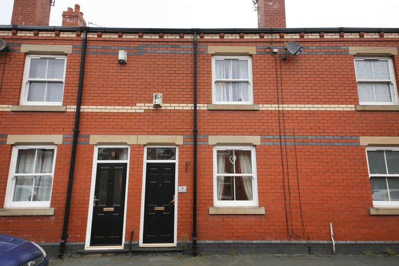 2 Bedrooms Terraced House for sale in Land Street, Springfield, Wigan