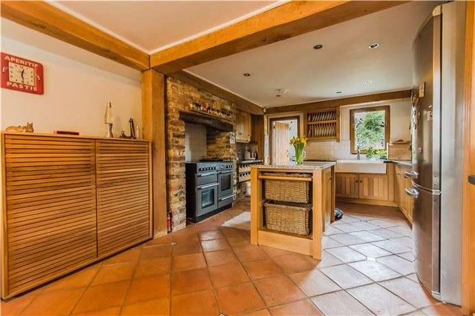 4 Bedrooms Semi Detached House for sale in Long Lane, Fowlmere, Nr Royston, Herts