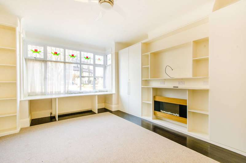 4 Bedrooms House for sale in Caledonian Road, Islington, N7