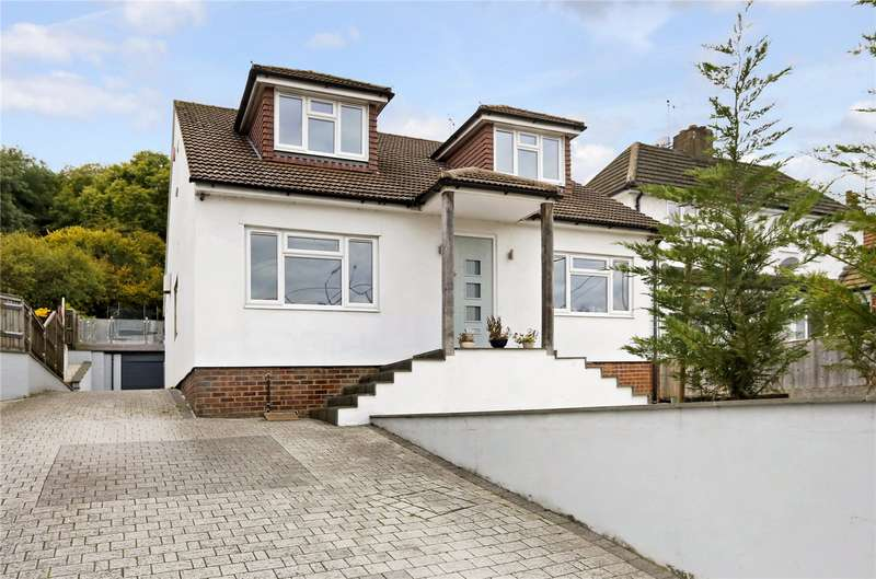 4 Bedrooms Detached House for sale in Wycombe Lane, Wooburn Green, Buckinghamshire, HP10