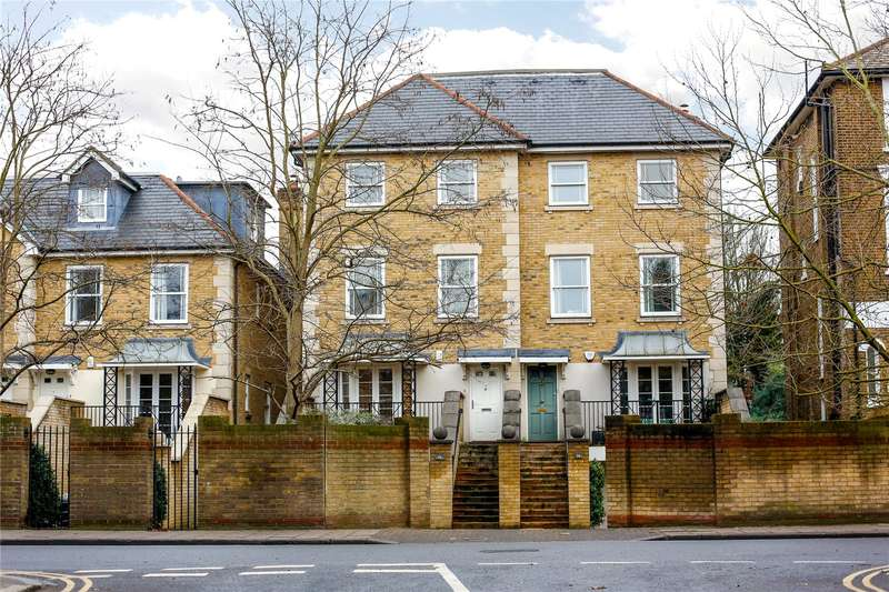 4 Bedrooms Semi Detached House for sale in St. Margarets Road, St Margarets, TW1