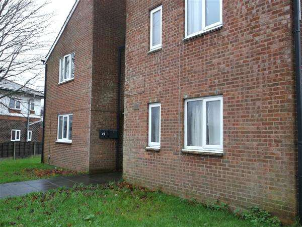 1 Bedroom Apartment Flat for sale in Carrington Road, Adlington