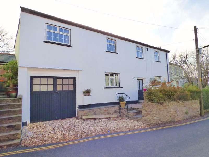 4 Bedrooms Detached House for sale in North Tawton