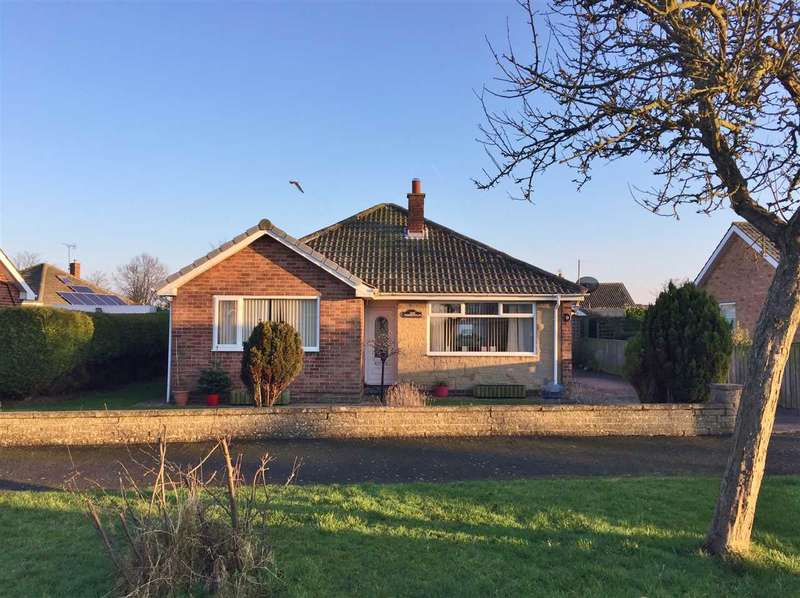 3 Bedrooms Bungalow for sale in Whitkirk Place, Wharfedale, Filey