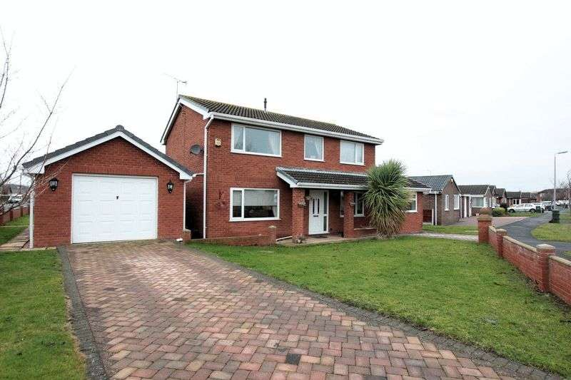 4 Bedrooms Detached House for sale in Clwyd Park, Kinmel Bay