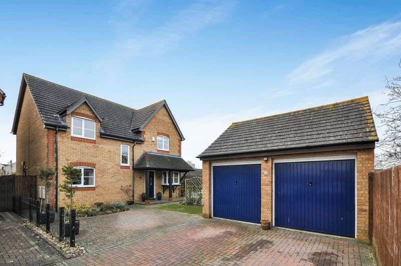 4 Bedrooms Detached House for sale in Tay Gardens, Bicester