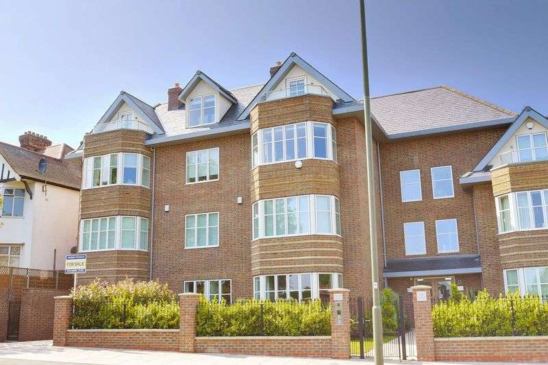 3 Bedrooms Flat for sale in Viceroy Lodge, Queens Road, Hendon