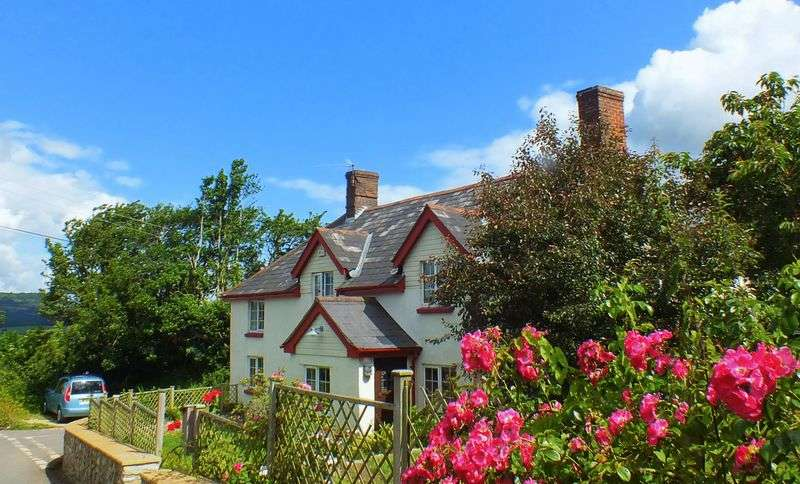 5 Bedrooms Cottage House for sale in Edgehill Cottage Morcombelake, Bridport