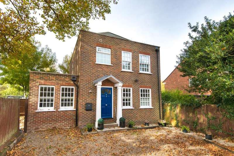 4 Bedrooms Detached House for sale in Villiers Road, Kingston upon Thames, KT1