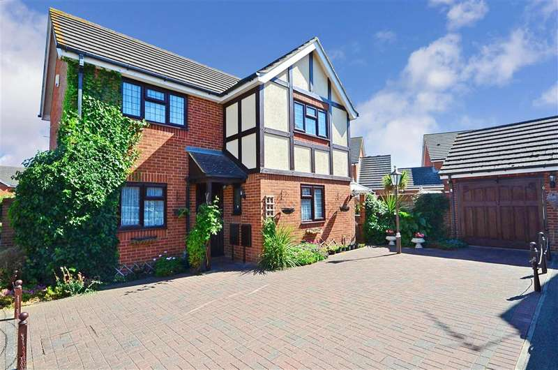 3 Bedrooms Detached House for sale in Eddie Willet Road, Herne Bay, Kent