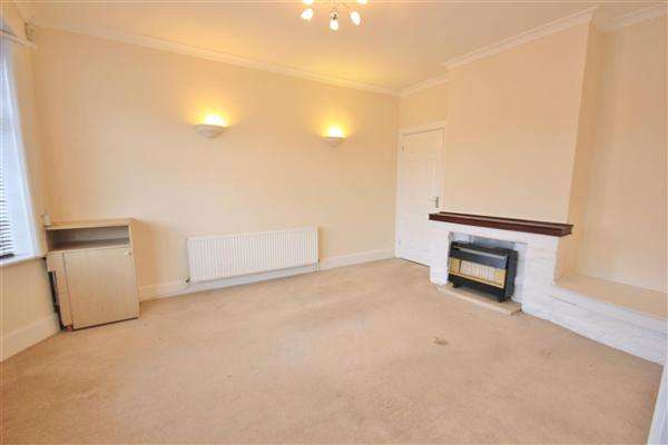 2 Bedrooms Bungalow for sale in St Georges Avenue, Poole
