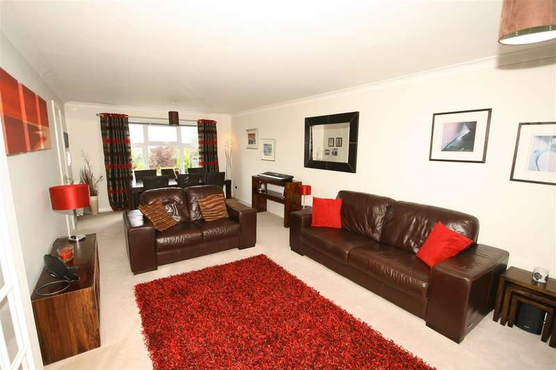 4 Bedrooms Detached House for sale in Wallace Brae Bank, Reddingmuirhead, Falkirk