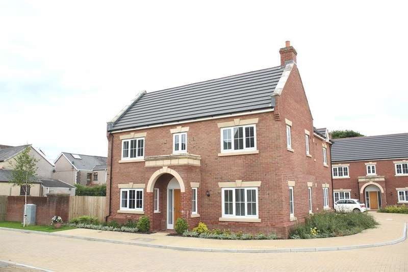 4 Bedrooms Detached House for sale in Clos Yr Hen Ysgol, Pontardawe, Swansea