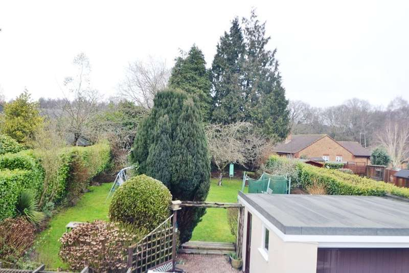 5 Bedrooms Detached Bungalow for sale in Verwood