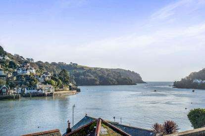 2 Bedrooms Flat for sale in Newcomen Road, Dartmouth, .