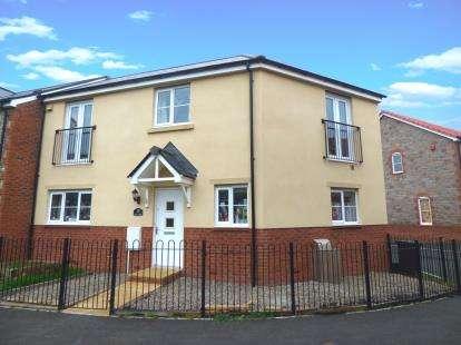 3 Bedrooms Semi Detached House for sale in Cranbrook, Exeter, Devon