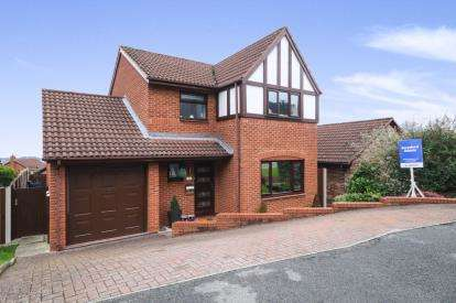 3 Bedrooms Detached House for sale in Lon Y Mes, Abergele, Conwy, LL22