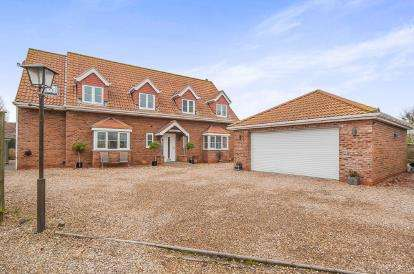 4 Bedrooms Detached House for sale in Kenwick Pastures, Louth, Lincolnshire